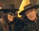 Εκπληκτικό: Δείτε τον Π. Ψωμιάδη ντυμένο… Ζορό σε διαφήμιση