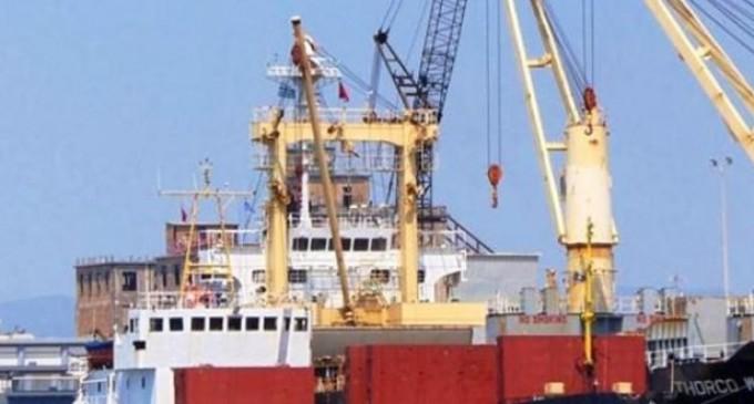 Ρεσάλτο του λιμενικού σε πλοίο με ύποπτο φορτίο