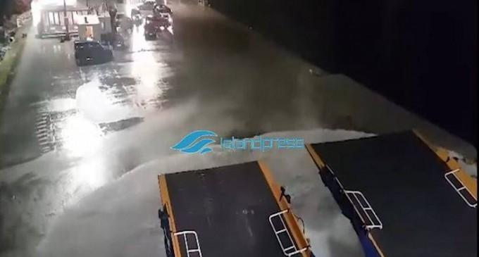Η μάχη του Blue Star Delos με τα κύματα για να δέσει στη Νάξο