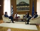 Ανοίγει το «παιχνίδι» στη Β' Πειραιά η Μεγαλοοικονόμου: Στα χέρια Τσίπρα η υποψηφιότητά της