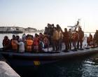 Οικογένειες με παιδιά οι Τούρκοι που αποβιβάστηκαν στις Οινούσσες και ζητούν άσυλο