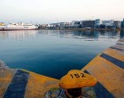 Χωρίς τις αισθήσεις της ανασύρθηκε γυναίκα στο λιμάνι του Πειραιά