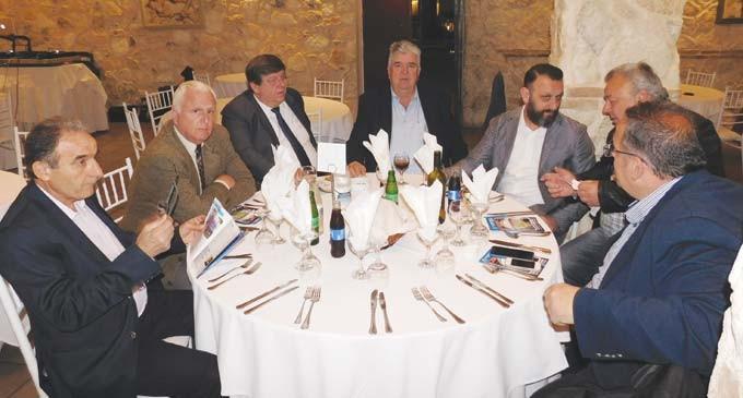 Δείπνο παικτών τελικού κυπέλλου από την Ε.Π.Σ. Πειραιά
