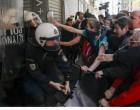 Πλειστηριασμοί: Δικογραφία για τον τραυματισμό αστυνομικών και διαδηλωτών έξω από τα συμβολαιογραφεία