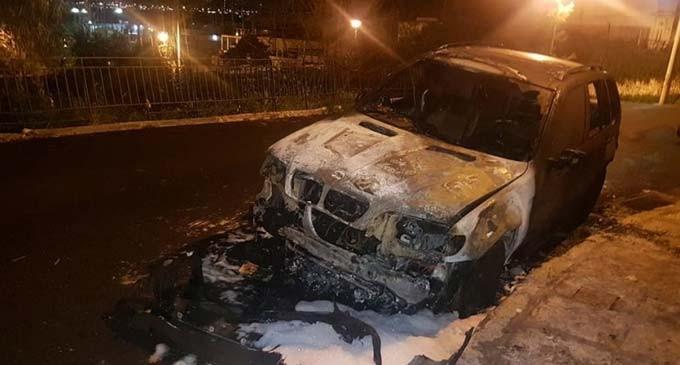 Έκαψαν αυτοκίνητο στο Κερατσίνι