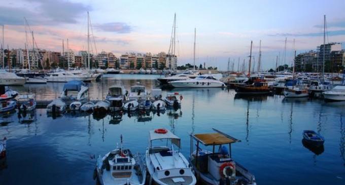 Με την αιγίδα και τη συμμετοχή της Περιφέρειας Αττικής το 17ο Ναυτικό Σαλόνι Πειραιά «East Med Yacht Show» στη Μαρίνα Ζέας