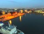 Συναγερμός στο λιμάνι του Πειραιά: Αυτοκίνητο έπεσε στη θάλασσα