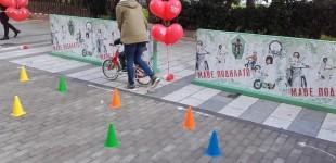 Εκμάθηση ποδηλάτου για παιδιά στην Πλατεία Αλεξάνδρας