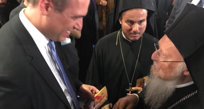 Ο Χριστόφορος Μπουτσικάκης στις Σπέτσες στην υποδοχή του Πατριάρχη Βαρθολομαίου