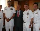 Εθιμοτυπική επίσκεψη Αμερικανών Αξιωματικών του πλοίου «Whitney» του Πολεμικού Ναυτικού των ΗΠΑ στον Γιώργο Δαβάκη
