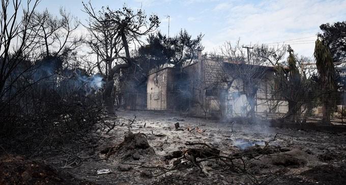 Μάτι : Χωρίς σπίτια λόγω γραφειοκρατίας οι πυρόπληκτοι