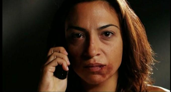 Ιδρύεται κέντρο κακοποιημένων γυναικών στη Σαλαμίνα