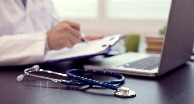 Ιατρικός Σύλλογος Πειραιά: Μπερδεύουν και «παραπλανούν» τους πολίτες με τον ΟΙΚΟΓΕΝΕΙΑΚΟ ΓΙΑΤΡΟ