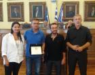 Το Δημοτικό Συμβούλιο Πειραιά τίμησε τους Πειραιώτες προπονητές της Υδατοσφαίρησης