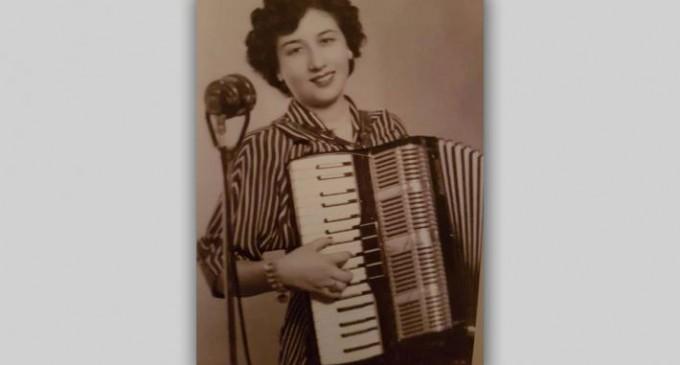 Αποχαιρέτισαν την Κοκκινιώτισσα πιανίστρια Ευαγγελία Μαργαρώνη