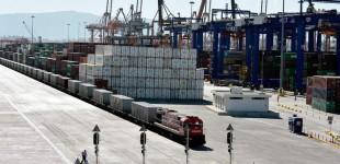 Ετος-ρεκόρ το 2018 για τη διακίνηση κοντέινερ από το λιμάνι του Πειραιά