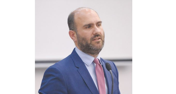 ΔΗΜΗΤΡΗΣ ΜΑΡΚΟΠΟΥΛΟΣ – Συμφωνία Πολιτών για τη Β' Πειραιά-  «Η Β' Πειραιά πρέπει να αποκτήσει δύναμη και πρόσωπο προς τα έξω»