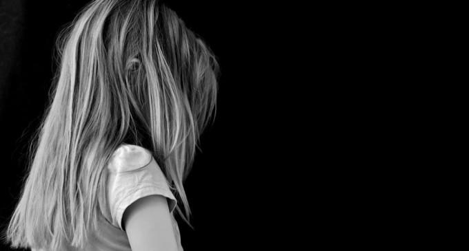 Σοκ: Πα-τέρας κατηγορείται ότι ασελγούσε στη 10χρονη κόρη του