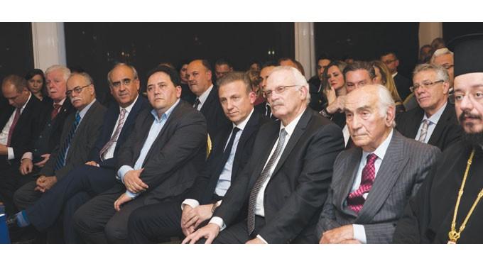 VAPORIA AWARDS 2018: Bραβεύτηκαν σπουδαίες προσωπικότητες της Ελληνικής Ναυτιλίας