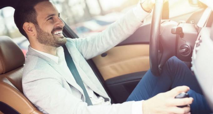Υπερδιπλάσιες πωλήσεις ακριβών αυτοκινήτων!