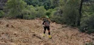 Ενας Ελληνας ετοιμάζεται να τρέξει στον δύσκολο Μαραθώνιο της Σαχάρας