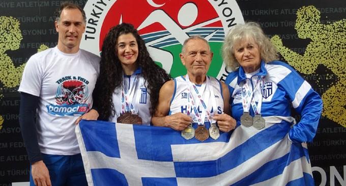 Οικογένεια Αθλοσωστών Σάρωσε στο Βαλκανικό Βετεράνων Στίβου