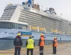 Στο λιμάνι το μεγαλύτερο κρουαζιερόπλοιο στον κόσμο