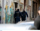 Εξάρχεια: Αιματηρή συμπλοκή ένοπλων με λιμενικούς στην καρδιά της Αθήνας!