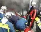 Μεγάλη φωτιά στο ΑΠΘ – Απεγκλωβίστηκε κοπέλα από ασανσέρ