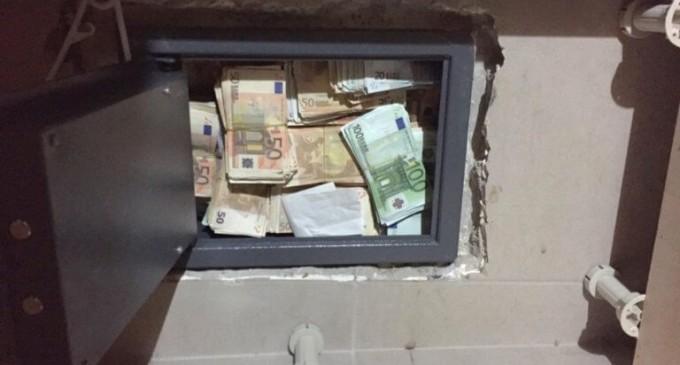 Διάρρηξη με λεία – μαμούθ στο Σύνταγμα! Πήραν 500.000 ευρώ!