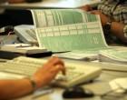 Φορολογικές δηλώσεις: Ποιοι θα πληρώσουν και πόσοι θα έχουν επιστροφή
