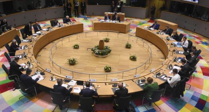 Το EuroWorking Group τσεκάρει το προεκλογικό πακέτο Τσίπρα