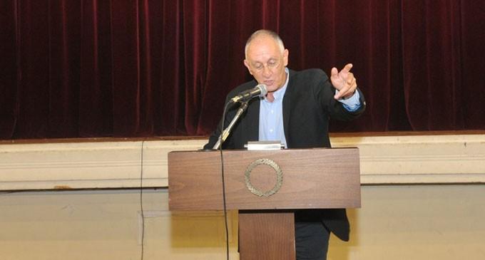 Δημήτρης Κατσικάρης – Υποψήφιος Περιφερειακός Σύμβουλος Πειραιά: «Μπαίνω σε αυτή τη μάχη, δίπλα στο Γιάννη Σγουρό, για τον Πειραιά και την Αττική»