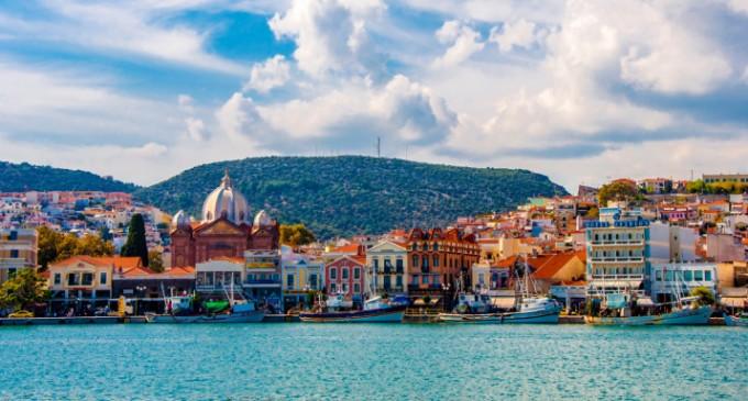 Νέα δρομολόγια πλοίων από Πειραιά για Χίο και Λέσβο