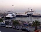 Επέστρεψε στη Ραφήνα πλοίο με 317 επιβάτες λόγω μηχανικής βλάβης