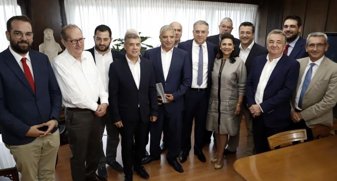 Συνάντηση εκλεγέντων Περιφερειαρχών με τον Υπουργό Εσωτερικών κ. Θεοδωρικάκο