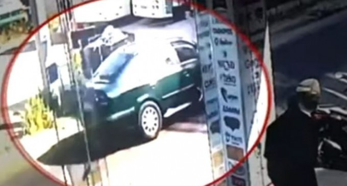 Καρέ-καρέ η κλοπή του υπηρεσιακού οχήματος του Μεταγωγών στο Ίλιον