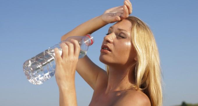 Δεν φτάνει μόνο το αντηλιακό -Η διατροφή που θωρακίζει τον οργανισμό κάτω από τον ήλιο
