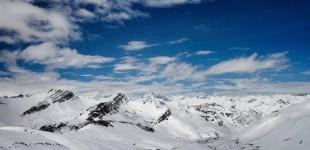 Για πρώτη φορά βρέθηκε πλαστικό στα χιόνια της Αρκτικής και των Άλπεων