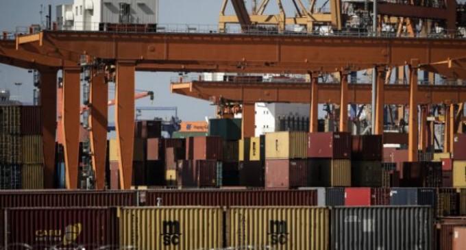 Σε εξέλιξη επιχείρηση στο λιμάνι Πειραιά: Εντοπίστηκαν πάνω από 120 κιλά κοκαΐνης σε κοντέινερ με μπανάνες