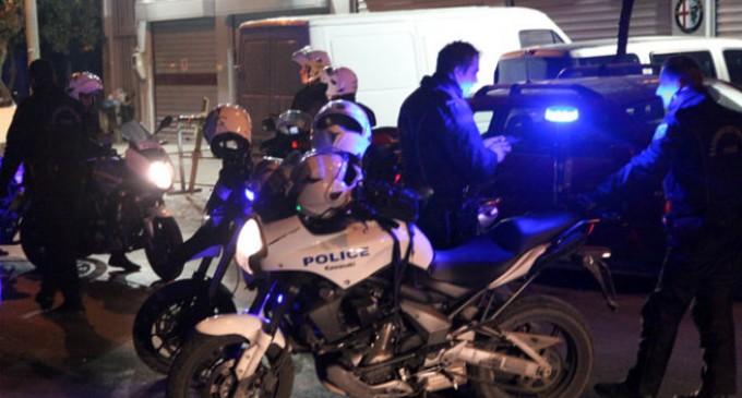 Νέα υπόθεση «ντουλάπα» σε διαμέρισμα στη Νίκαια – Για πέντε ώρες εγκλωβισμένοι σε πατάρι διαρρήκτες