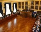 Συνεδριάζει τη Δευτέρα το δημοτικό συμβούλιο Πειραιά -Τα θέματα και οι εισηγητές (λίστα)