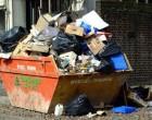 ΠΤΩΣΕΙΣ ΣΟΒΑΔΩΝ και ΕΡΓΑΣΙΕΣ σε κτίρια – Αποκαλύψεις μετά το ρεπορτάζ της ΚΟΙΝΩΝΙΚΗΣ: Το γραφειοκρατικό «παράδοξο» του κάδου ογκωδών απορριμμάτων