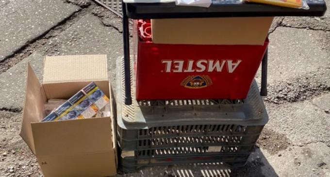 Πέταξαν μπουκάλια σε αστυνομικούς που έλεγχαν για λαθραία τσιγάρα