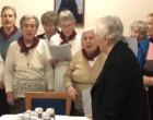 Κάλαντα στον Σεβασμιώτατο έψαλλαν οι γέροντες και οι γερόντισσες του Γηροκομείου Πειραιώς