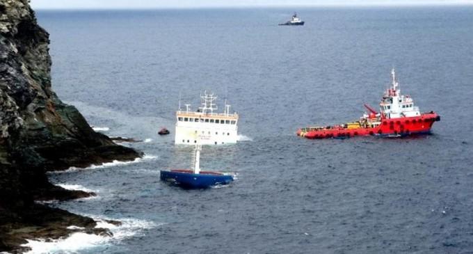 Επικίνδυνα και επιβλαβή πλοία στα λιμάνια-Οι ναυτικοί πράκτορες «πληρώνουν τη νύφη»;