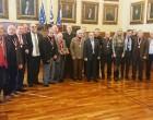 Ο Δήμαρχος Πειραιά βράβευσε τους Βετεράνους ποδοσφαιριστές του Ολυμπιακού
