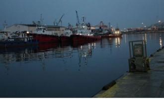 Πρόσκρουση πλοίων στο λιμάνι Κερατσινίου