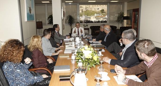 Συνάντηση του Περιφερειάρχη Αττικής με εκπροσώπους του ΟΛΠ και των Ναυπηγοεπισκευαστικών επιχειρήσεων