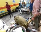ΣΟΚ: 65χρονος έπαθε έμφραγμα στο κέντρο του Πειραιά -Έτρεξαν όλοι να βοηθήσουν (ΦΩΤΟ)